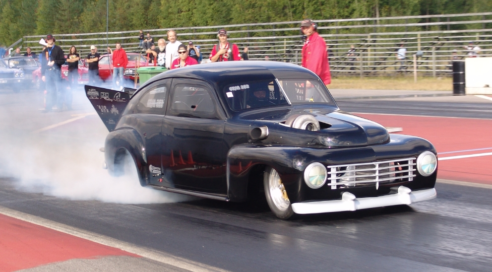 Volvo P444 Drag car, mentalist turbo crazyness! | Retro Rides